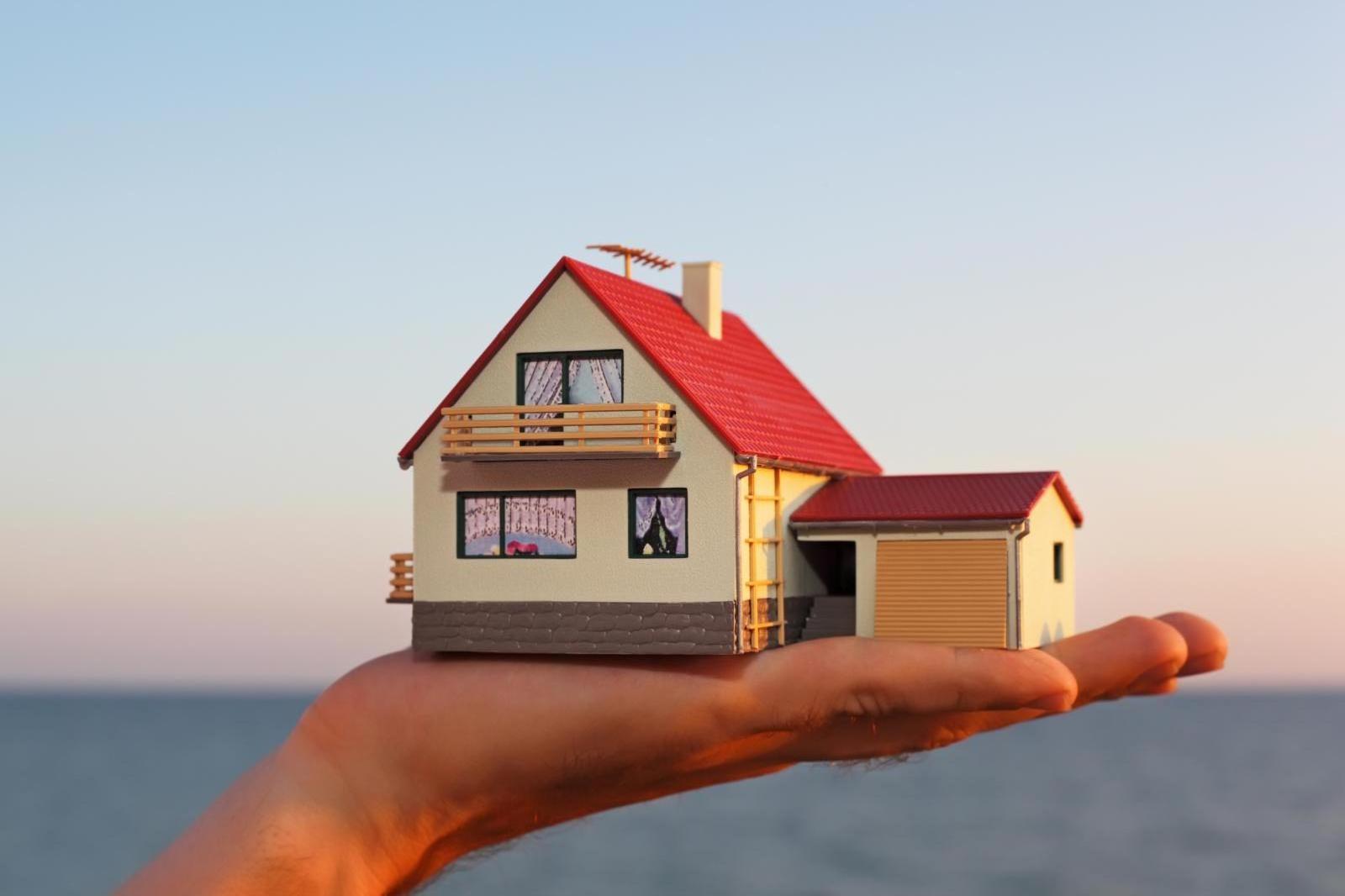 Картинки домов на руке