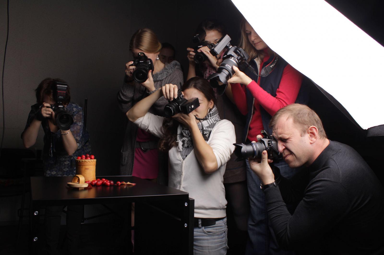 первом курсы фотографии в москве сколько стоят время