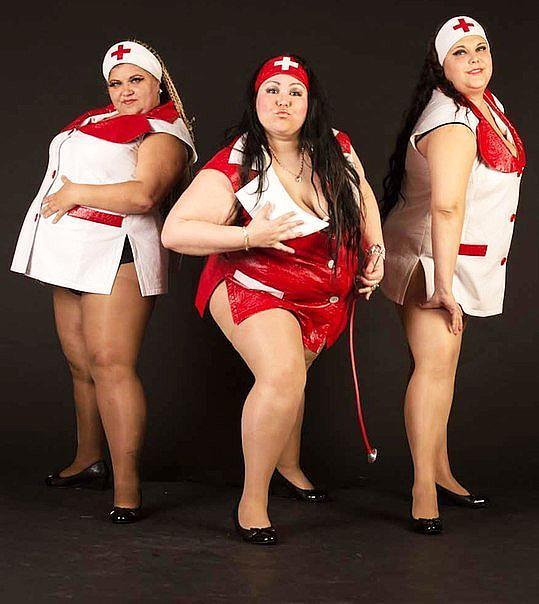 шоу толстых толстушек ногами закрыл