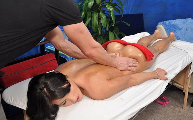 Erotic Massage Cachan, Cachan, France Happy Ending Massage